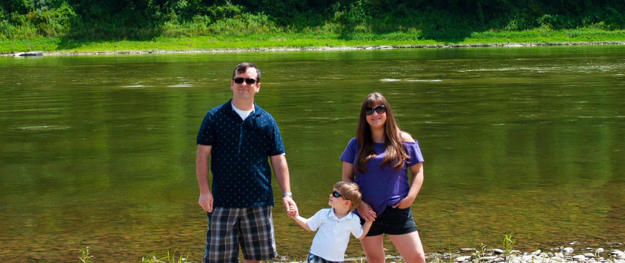 A family picture at the Susquehanna River in Pennsylvania